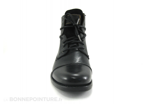 Levis Emerson lace up Black 2